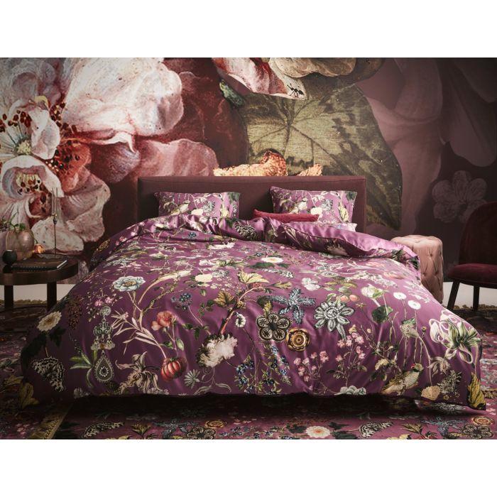 ESSENZA Bettwäsche in violett mit Wildblumen-Dessin