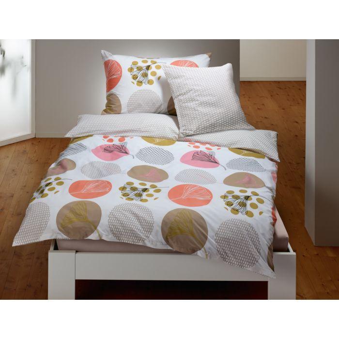 Bettwäsche Kreismotive mit Blütenmustern